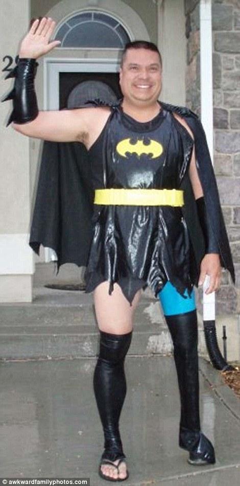 The Splintering_chomp_bites_one_off_superman_sidekick_interview_batman_cosplay